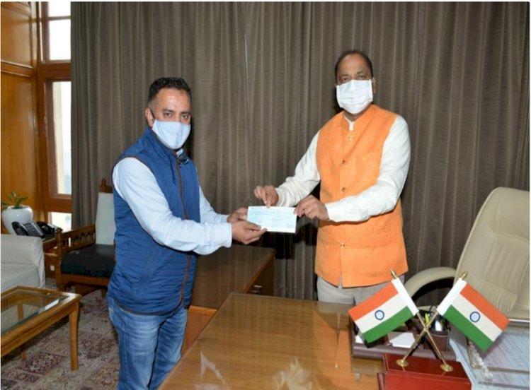 डाॅ मामराज पुंडीर ने मुख्यमंत्री राहत कोष में दिया अंशदान- ddnewsportal.com