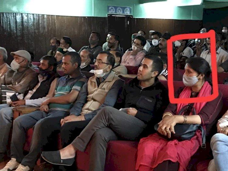 राजनीति- टिकट आबंटन से बिगड़ गये हैं भाजपा के समीकरण... ddnewsportal.com